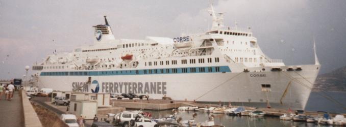 """""""Corse"""" à L'Ile-Rousse - Août 1999 - Photo X. Maillard"""