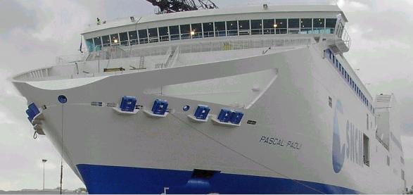 Le nouveau-né de la SNCM : PASCAL PAOLI, navire mixte fret et passagers (Photo RDV 26.10.2002)